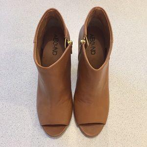 Abound heels